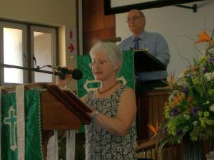Rev Boet and Linda van Schalkwyk reading