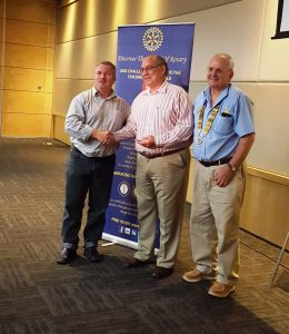 Rev Van Schalkwyk, centre, with President Bertie van Niekerk, right and  Past President Kevin Finegan